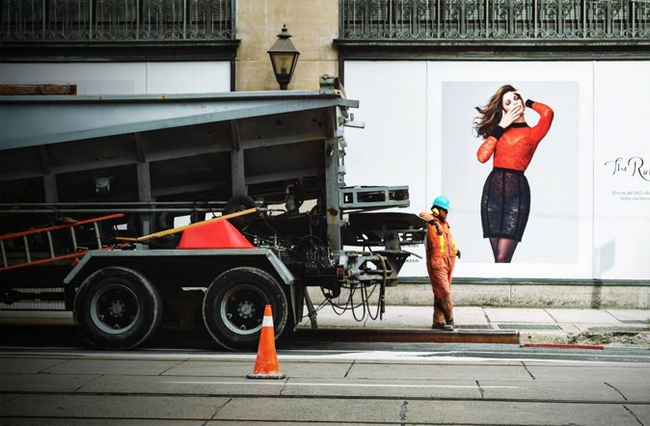 worker with woman advertisement